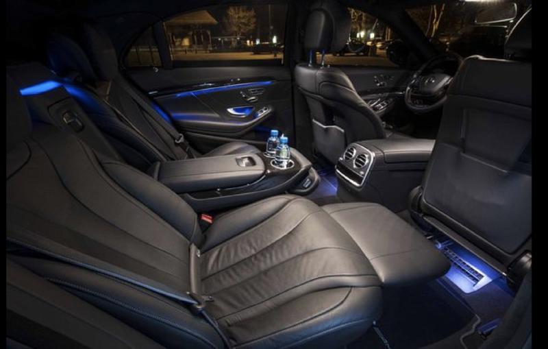 Luxury car rental with chauffeur