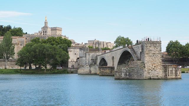 Tour Luberon et Avignon